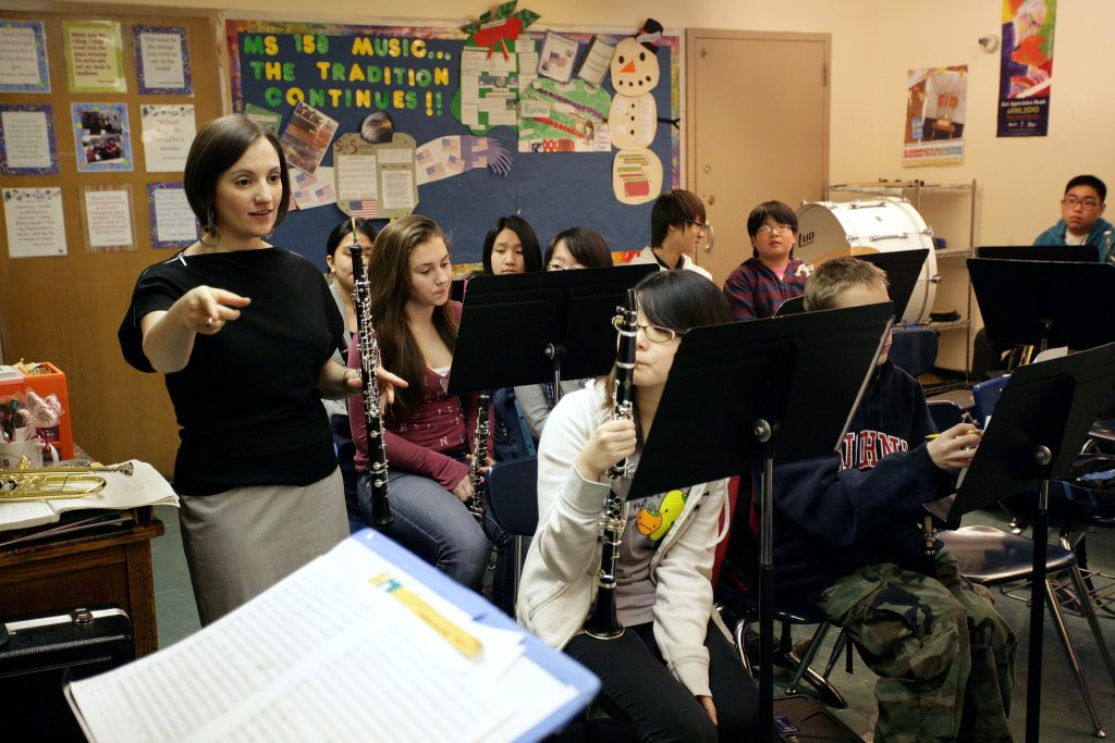 Teaching at MS158Q in Bayside, Queens as a fellow in The Academy (photo by Jennifer Taylor)